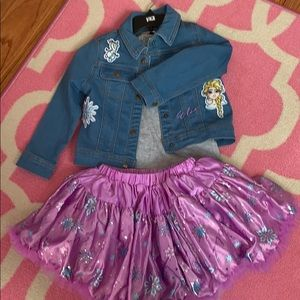 NWOT Girl's Disney Outfit Size 4t 💕